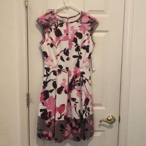 NWT Maggy London Dress, Size 6
